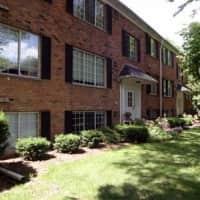 Hartford Place Apartments - Birmingham, MI 48009