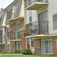 Fox Pointe Apartments - East Moline, IL 61244