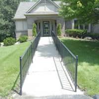 Knollwood Place Apartments - Auburn Hills, MI 48326