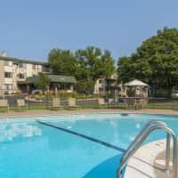 Medicine Lake Apartments - Plymouth, MN 55441