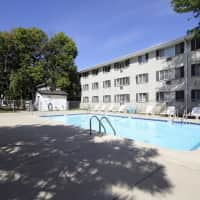 Lincoln Crest Apartments - Milwaukee, WI 53227