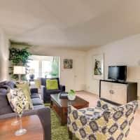Fox Run Apartment Homes - Metairie, LA 70001