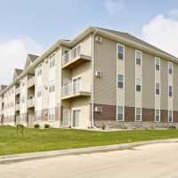 Hunters Creek Apartments - Minot, ND 58703