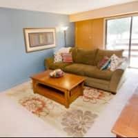 Delta Square Apartments - Lansing, MI 48917