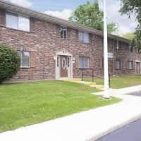 Cedar Ridge Townhomes & Apartments - Anderson, IN 46013