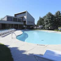 Idylwood Resort Apartments - Cheektowaga, NY 14227