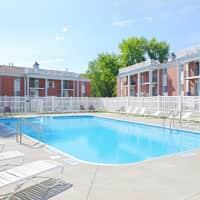 Westwood Apartments - Omaha, NE 68144