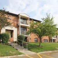 Deer Creek Apartments - North Royalton, OH 44133