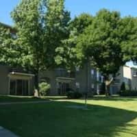 Santa Fe Village - Kansas City, MO 64131