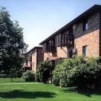 Cedar Creek Apartments - Oshkosh, WI 54904