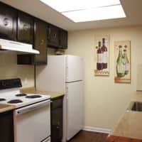 London Towne Apartments - Amherst, NY 14228
