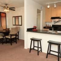 Plaza 550 - Phoenix, AZ 85012