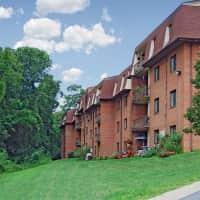 Fairway Park Apartments At Pike Creek - Wilmington, DE 19808
