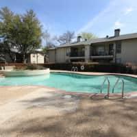Carriage House - Arlington, TX 76011