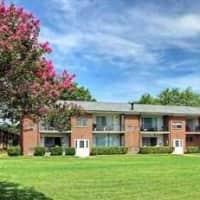 Country Club Apartments - Hampton, VA 23666