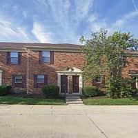 Greenwood Oaks - Greenwood, IN 46143