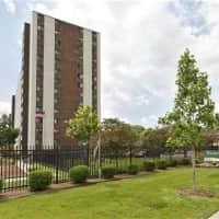 River Towers Senior Apartments - Detroit, MI 48214