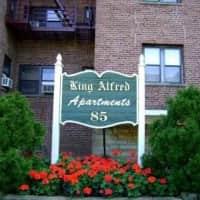 The King Alfred - Passaic, NJ 07055