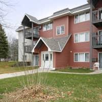 Woodridge Apartments - Northfield, MN 55057