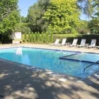 Covington Club Apartments - Farmington Hills, MI 48334
