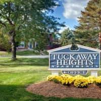 Tuckaway Heights Apartments - Greenfield, WI 53221