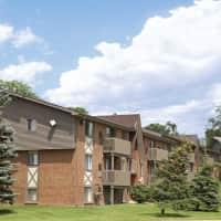 Meadowbrook Village Apartments - Auburn Hills, MI 48326