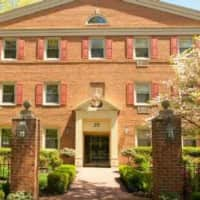 Chestnut House Apartments - Haddonfield, NJ 08033