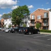 Walnut Creek Apartments LLC - Farmington Hills, MI 48336