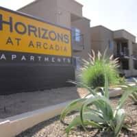 Horizons Apartments - Phoenix, AZ 85008