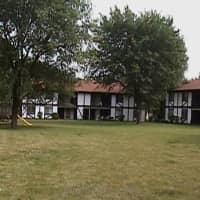 Tudor Park Apartments - Morris, IL 60450