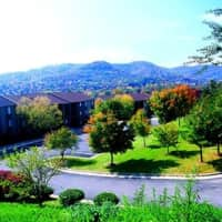 The Pines of Roanoke Apartments - Roanoke, VA 24018