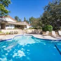 Country Oaks - Oak Park, CA 91377