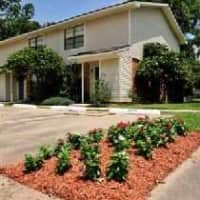 Dove Creek Apartments - Baton Rouge, LA 70816