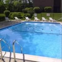 Kings Court Apartments - Waukegan, IL 60085