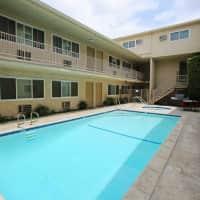 Esplanade Apartments - Lake Balboa, CA 91406
