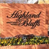 Highland Bluffs - Dallas, TX 75228