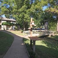 Hunters Creek - Tulsa, OK 74112