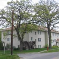 Robert's Apartments - Newton, IA 50208