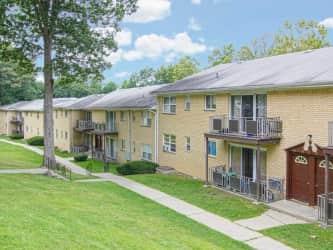 Hampton Oaks Apartments Home - Rentals
