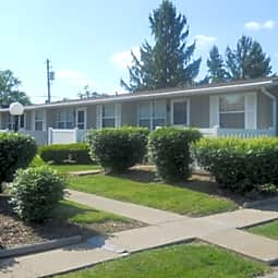 Cedarwood Apartments - Belpre, Ohio 45714