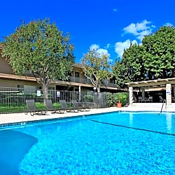Kimberly Arms Apartment Homes - Fullerton, California 92832