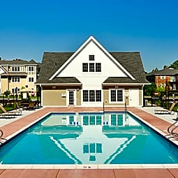 Ridgecrest Village - West Roxbury, Massachusetts 2132