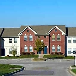 Lansing Heights Townhomes - Lansing, Kansas 66043
