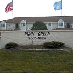 Ryan Green Apartments - Franklin, Wisconsin 53132