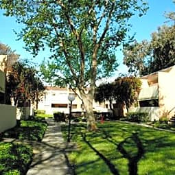Lawrence Road Apartments - Santa Clara, California 95051