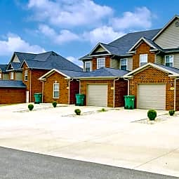 Pin Oak Villas of Kentucky - Radcliff, Kentucky 40160