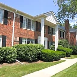 Medford Place Apartments - Royal Oak, Michigan 48073