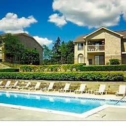 Harbour Village Apartments - Northville, Michigan 48167