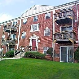 St. Lawrence Apartments - Reading, Pennsylvania 19606
