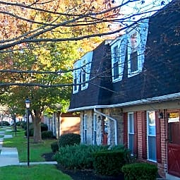 Windsor Court Townhomes - Lancaster, Pennsylvania 17603